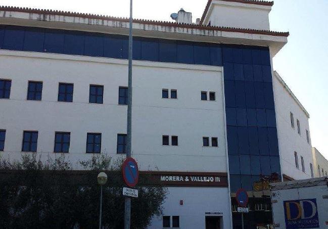oficina sevilla edificio morera y vallejo III